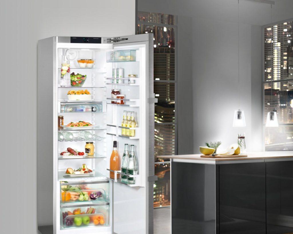 Выбирайте холодильник, который издает как можно меньше децибел