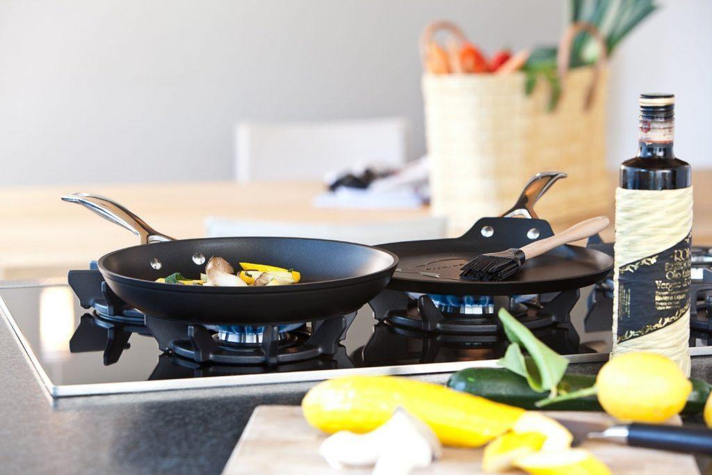 Лучшие сковороды с антипригарным покрытием