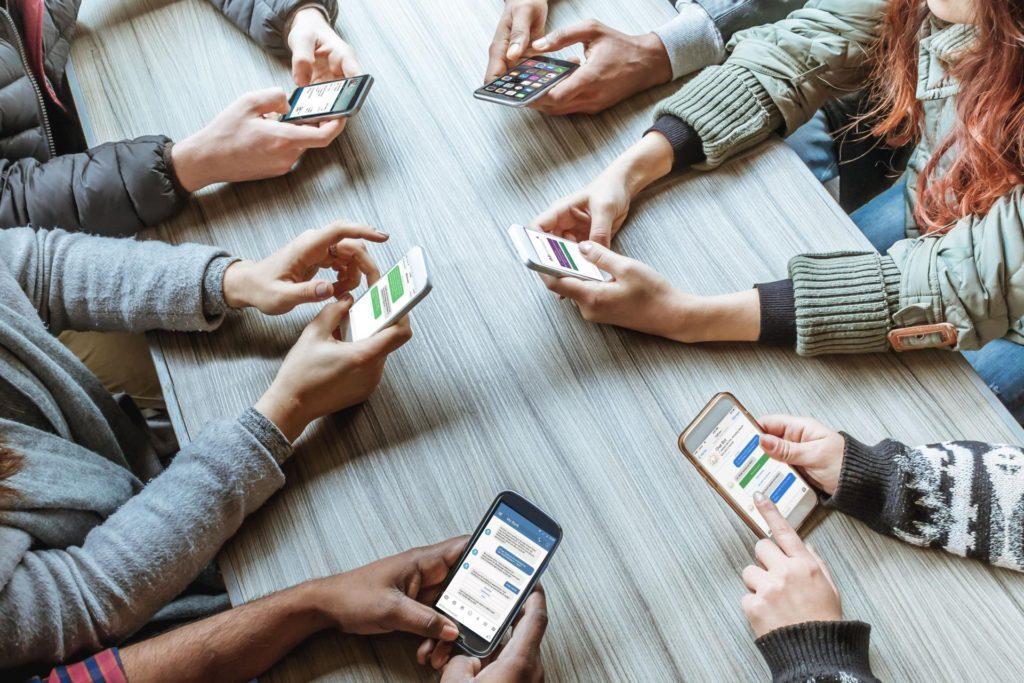 Какой смартфон покупать в 2020 году