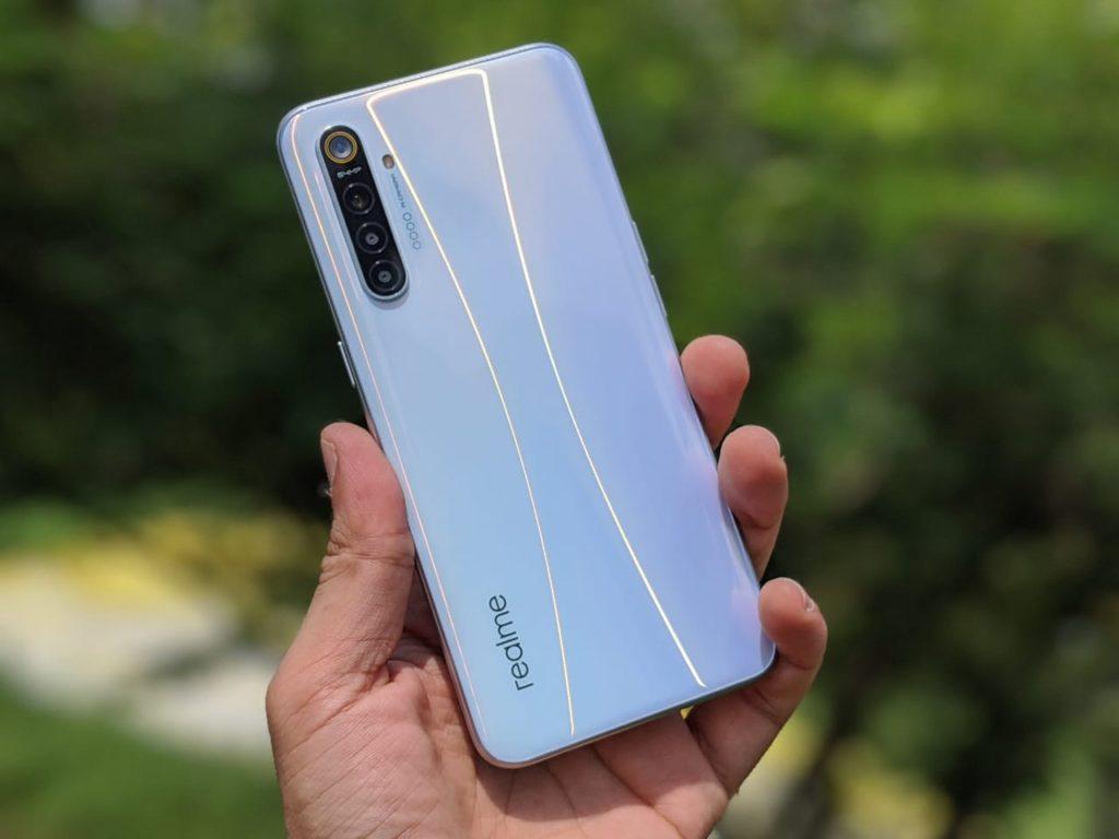 Какой смартфон покупать в 2020 году: Realme XT