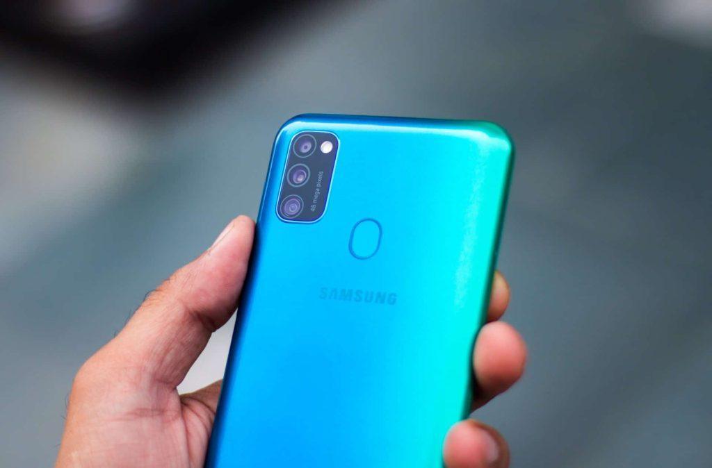 Какой смартфон покупать в 2020 году: Samsung M30s
