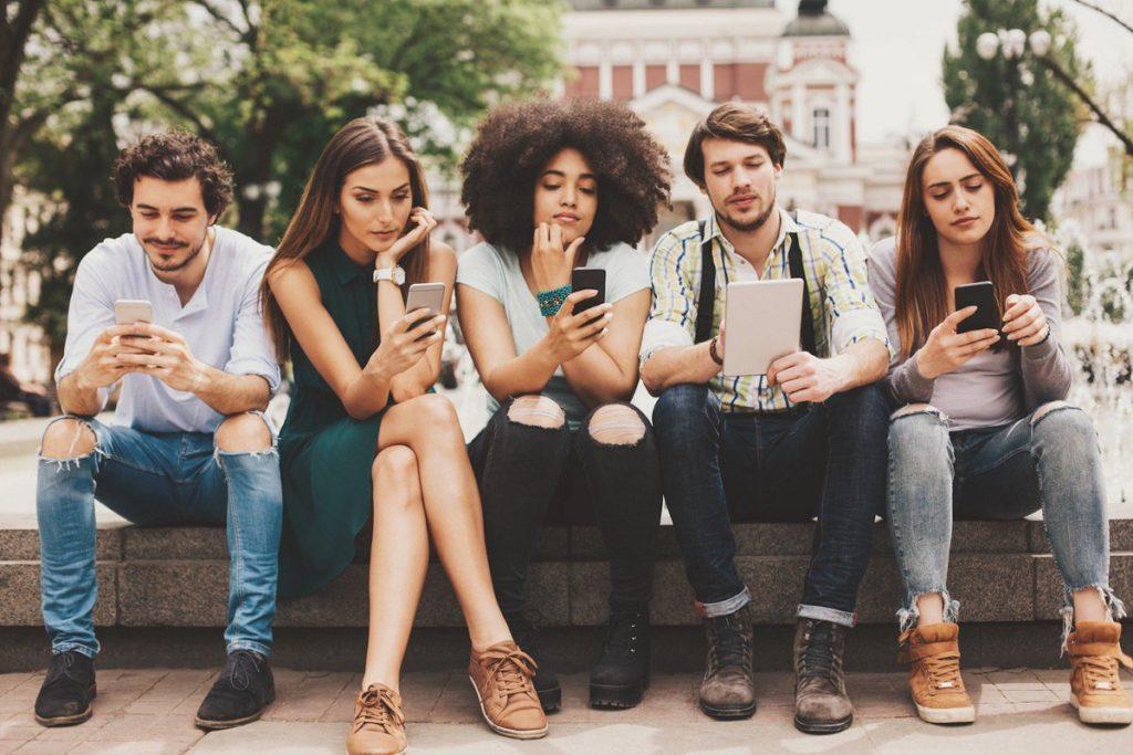 Какой телефон лучше покупать в 2020 году